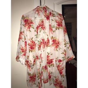 Ny collection floral pocket kimono women's sz M